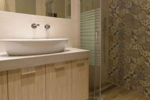 Ανακαίνιση στο Γαλάτσι Κουζίνα - Μπάνιο - Καθιστικό